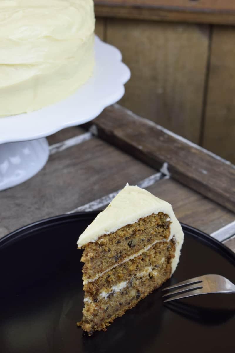 Carrot Cake mit weißer Zitronen-Schokolade – Foto: Nicole Stroschein