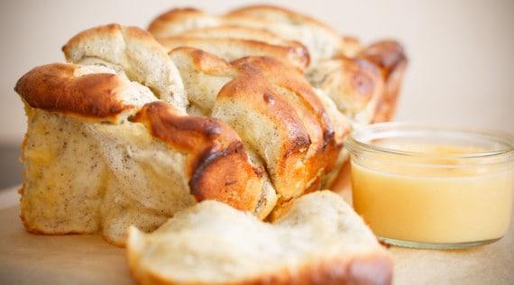 Zupfbrot mit Lemon Curd und Marzipan aus dem Thermomix® – Foto: Ricarda Ohligschläger