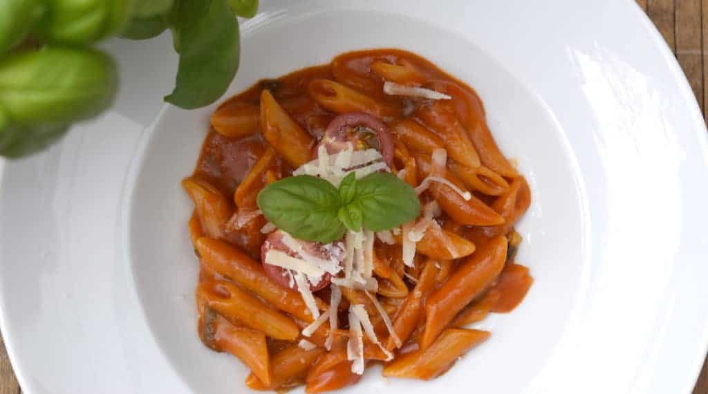 One Pot: Pasta all'Arrabiata aus dem Thermomix® – Foto: Nicole Stroschein
