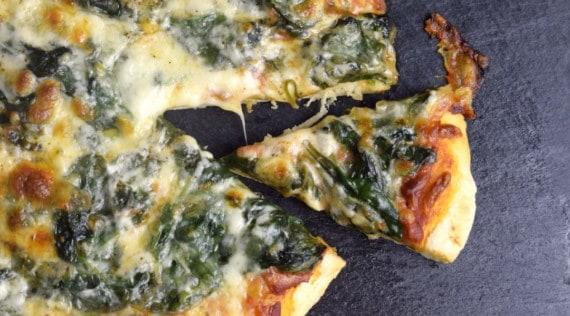Spinat-Pizza aus dem Thermomix® – Foto: Nicole Stroschein