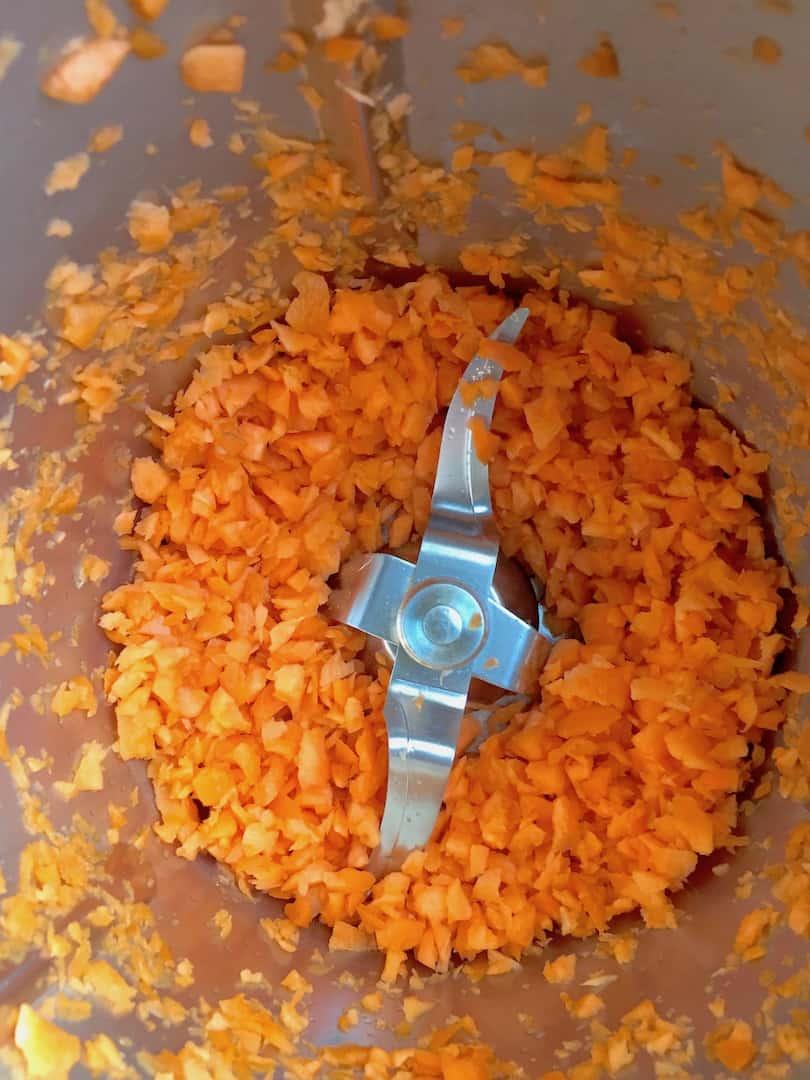 Karotten im Mixtopf