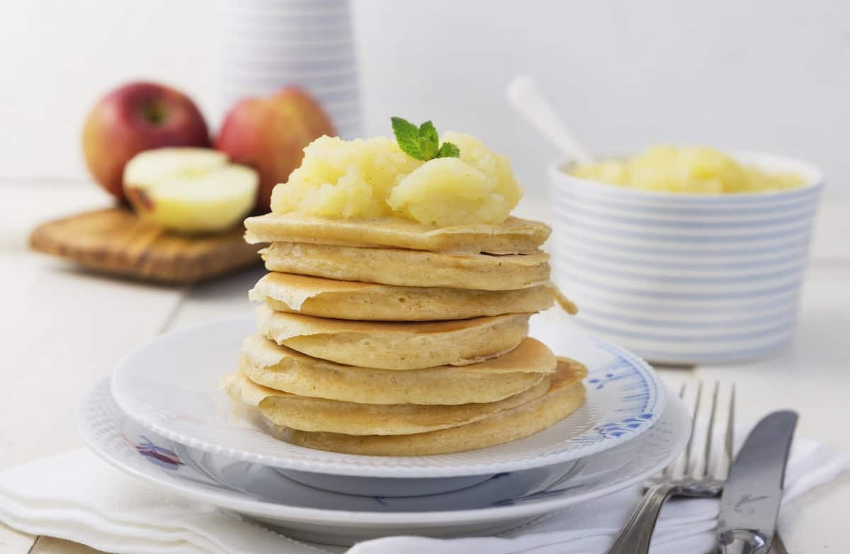 Hafer-Pancakes mit Apfelmus aus dem Thermomix® –Foto: Désiree Peikert