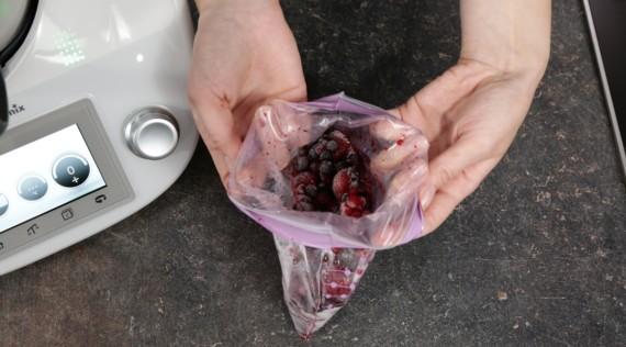 Beeren richtig auftauen - Foto: Kathrin Knoll