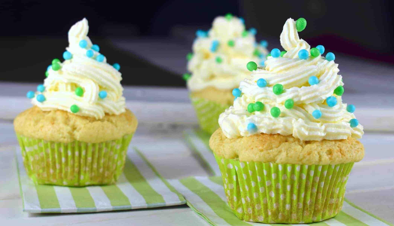 Zitronen-Cupcakes aus dem Thermomix® – Foto: Nicole Stroschein