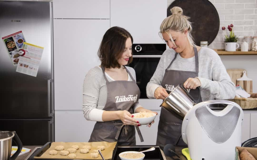 Sophia und Désirée kochen mit dem Thermomix® - Foto: Anna Gieseler