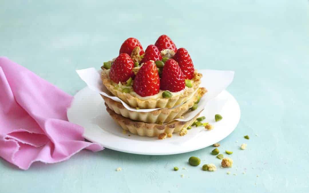 Vanilletartelettes mit Erdbeeren