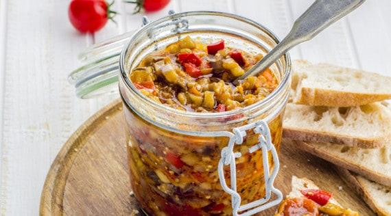 Mediterraner Gemüsedip – Crema di verdure –Rezept für den Thermomix® –Foto: Gorbenko Olena/Shutterstock