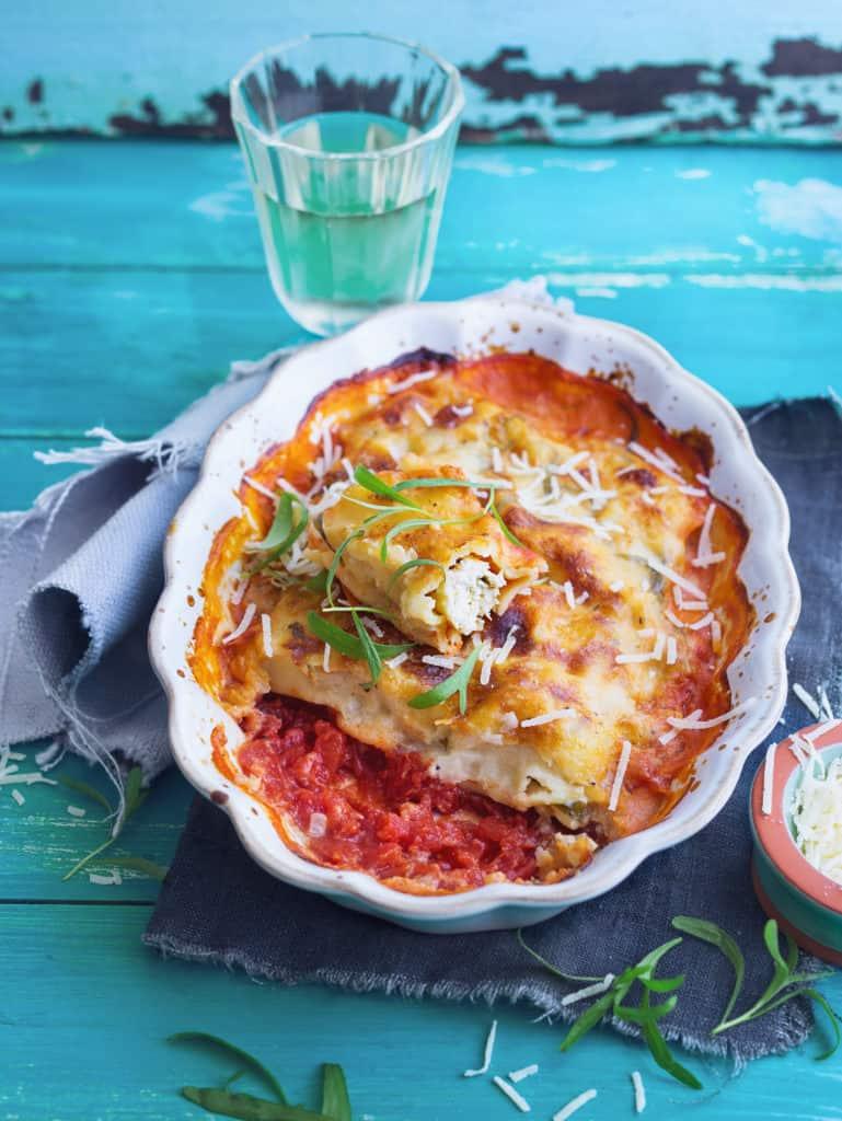 Cannelloni mit Kapern-Hähnchenfüllung und Estragon-Weißweinsoße –Foto: Ira Leoni