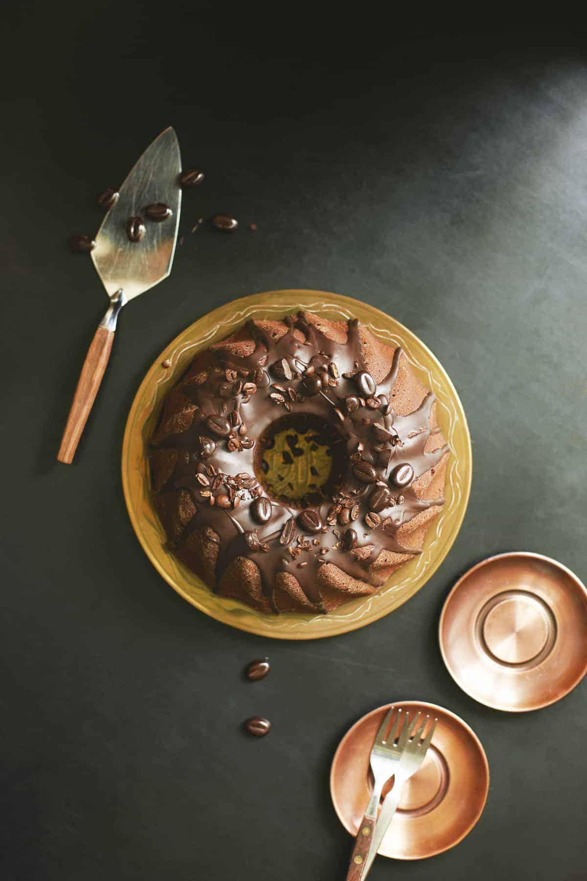 Kaffee-Schokoladen-Gugelhupf aus dem Thermomix® – Foto: Nicky & Max