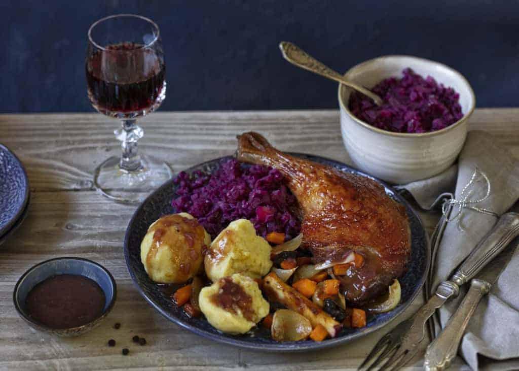 Ente mit Rotkohl, Klößen & Rotweinsoße aus dem Thermomix® – Foto: Frauke Antholz