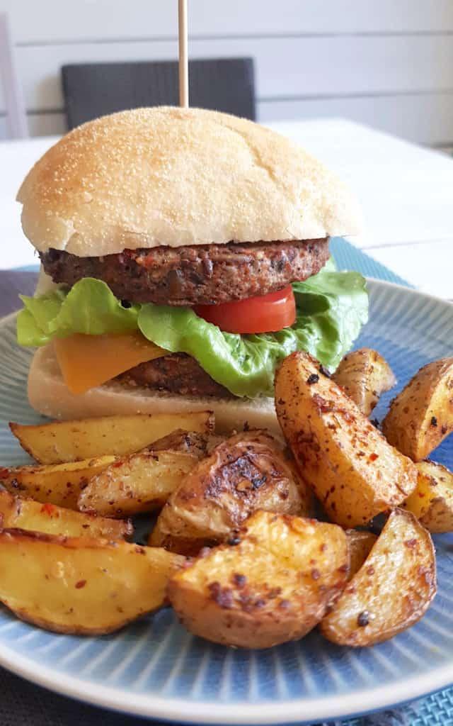 Burger-Patties aus Bohnen gelingen garantiert im Thermomix® - Foto: Nicole Stroschein