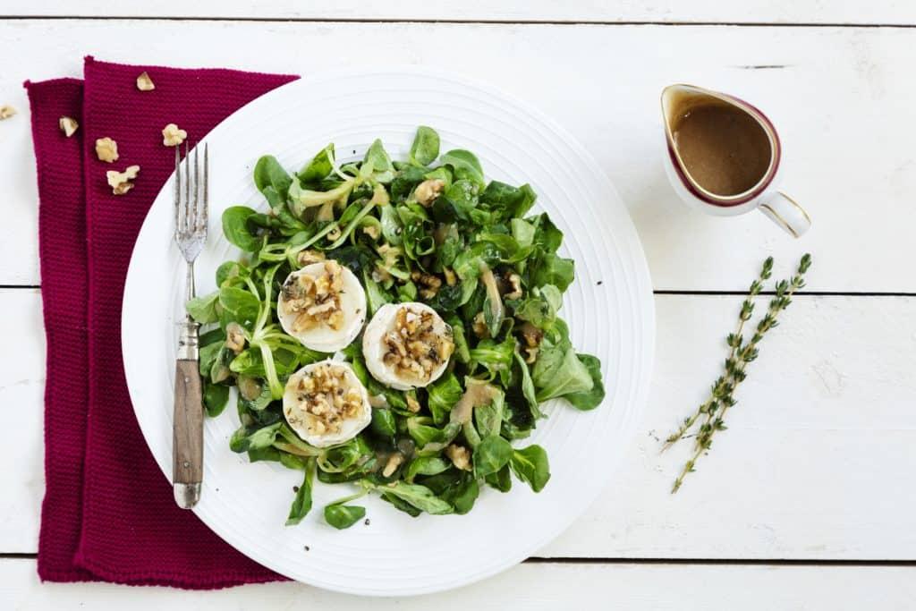 Feldsalat mit Ziegenkäse mit dem Thermomix® – Foto: Tina Bumann, Wintersalate, Rotkohlsalat, mein ZauberTopf-Club