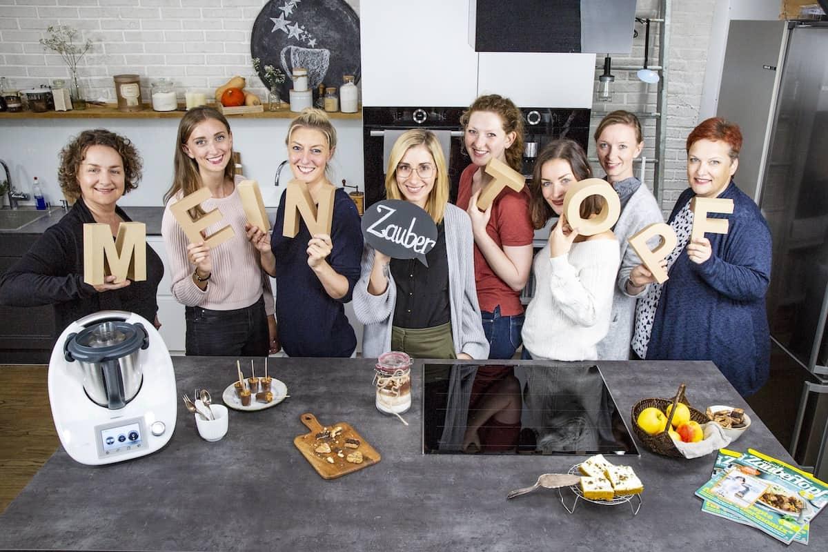 Das Team von mein ZauberTopf, v. l.: Nicole, Vivien, Désirée, Jenni, Charlotte, Sophia, Vivien und Ricarda – Foto: Kathrin Knoll