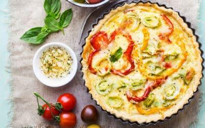 Für Veggie-Fans: Bunte Gemüse-Tarte mit Salat