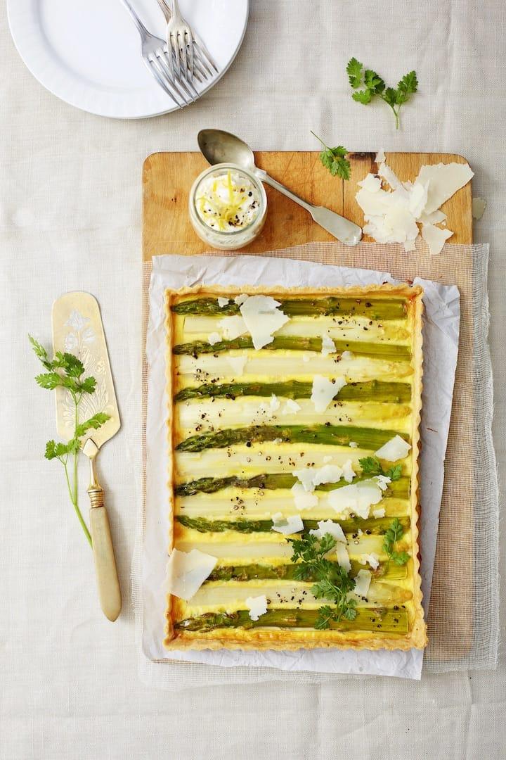 Spargeltarte mit Parmesan – Foto: Nicky & Max