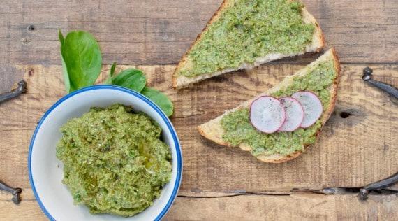 Veganes Pesto mit Feldsalat aus dem Thermomix® – Foto: Nicole Stroschein
