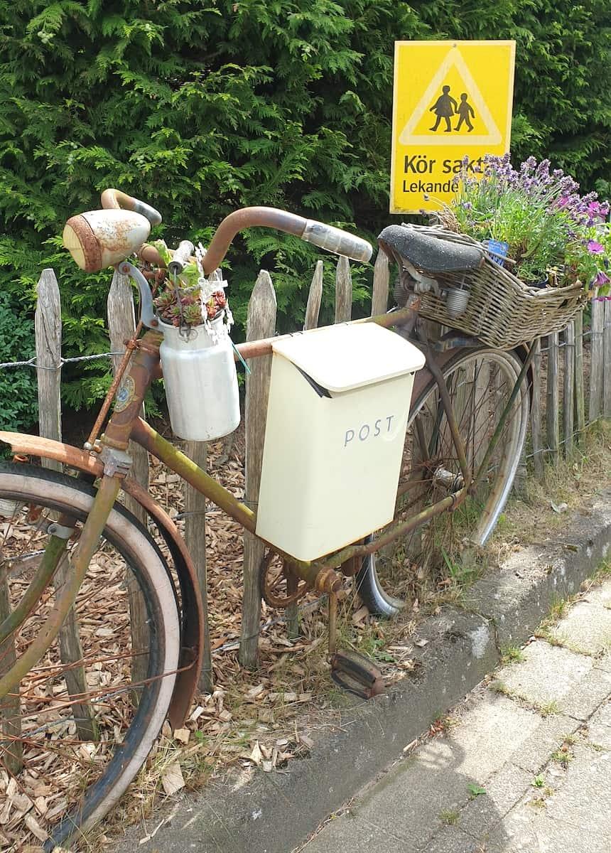 Postfahrrad in Schwedisch-Holstein – Foto: Nicole Stroschein