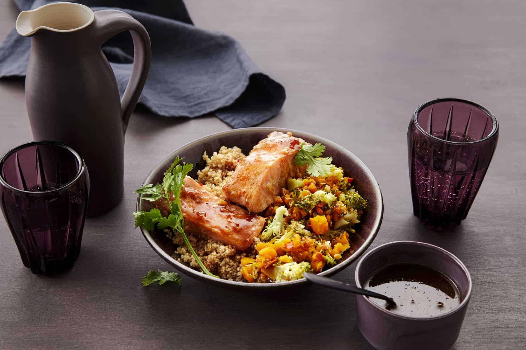 Couscous-Bowl mit Lachs und Kürbis –Foto: Jorma Gottwald