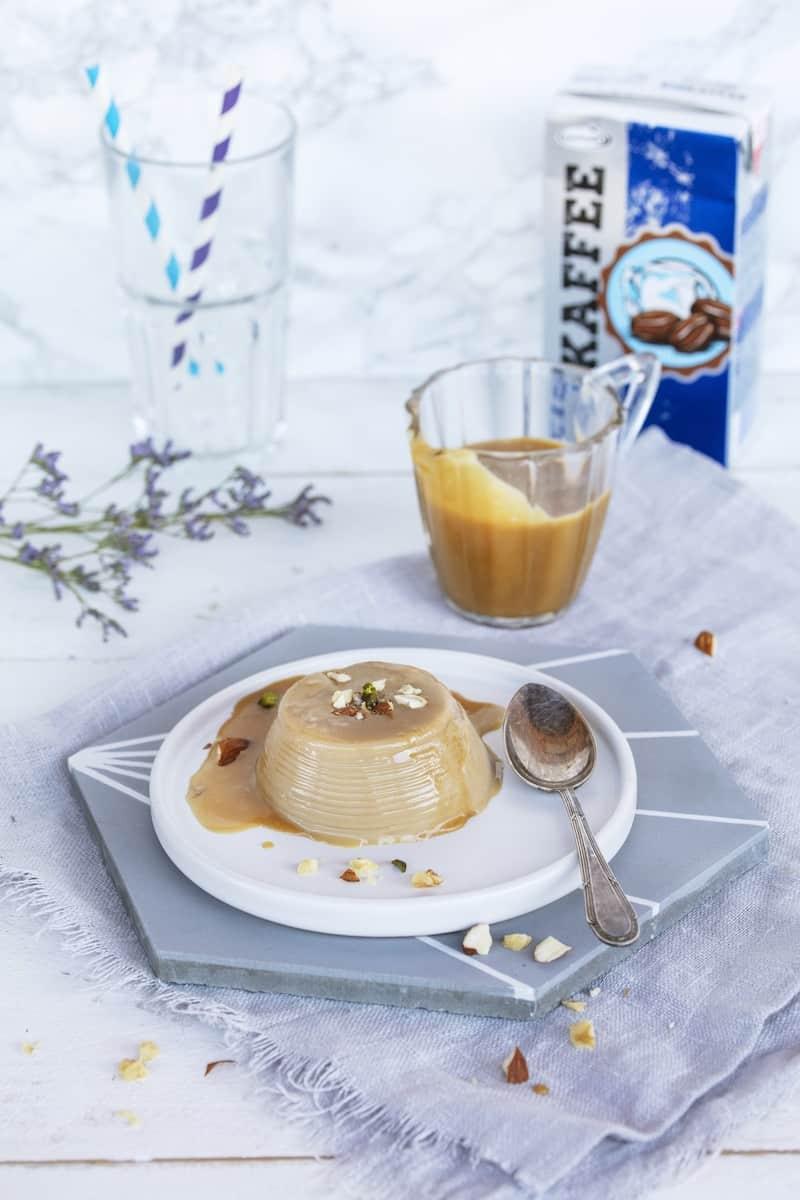 Panna Cotta mit Eiskaffee –Foto: Kathrin Knoll