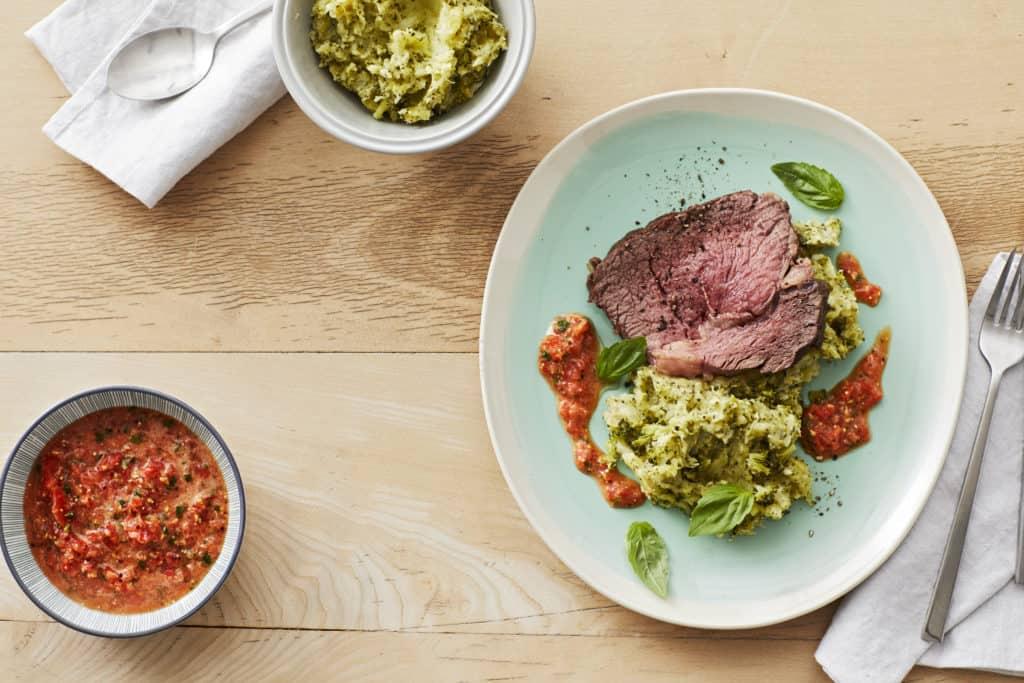 Roastbeef mit Brokkoli-Kartoffel-Püree –Foto: Jorma Gottwald