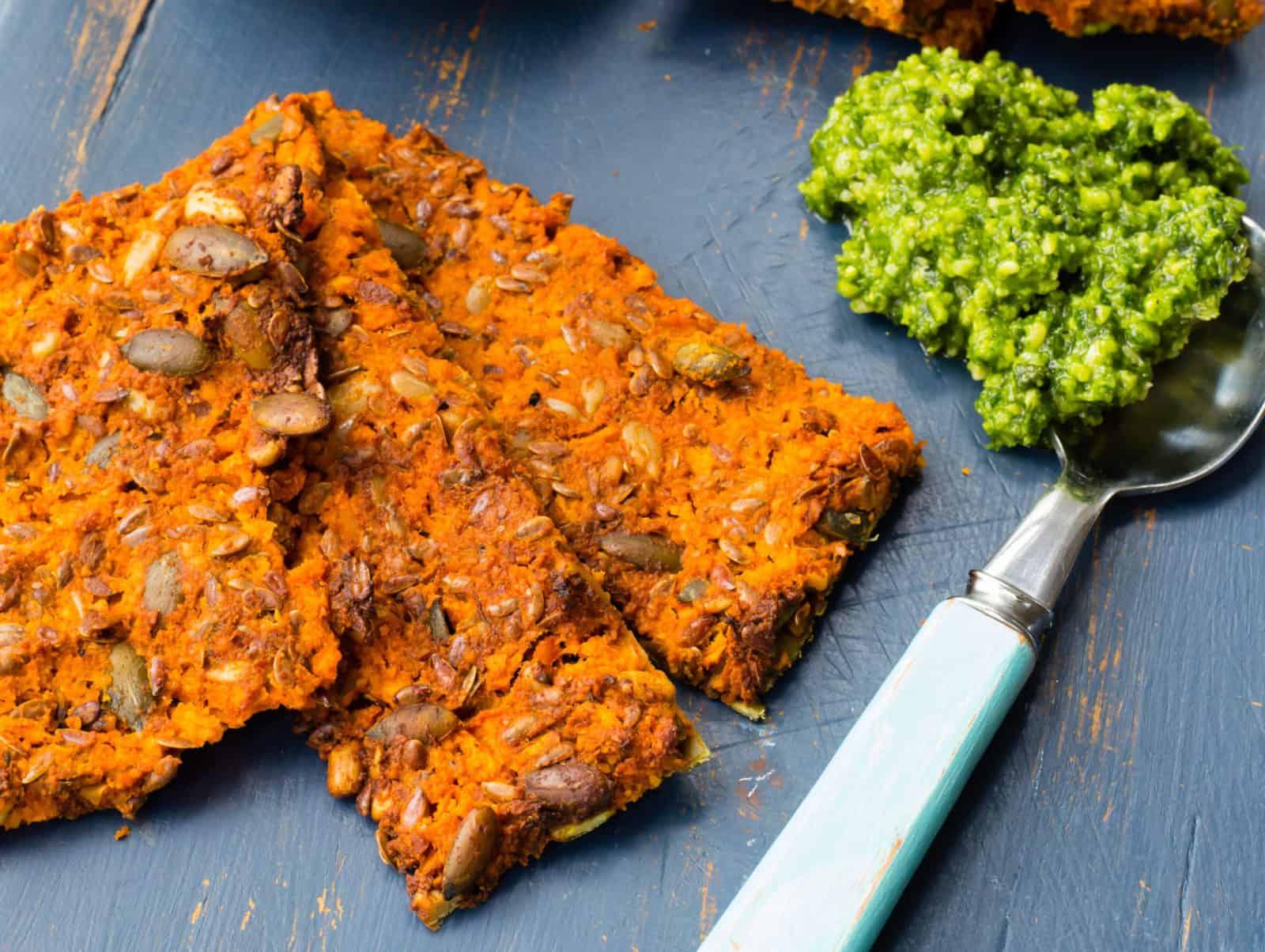 Thomaten-Karotten-Cracker mit dem Thermomix® – Foto: Sophia Handschuh