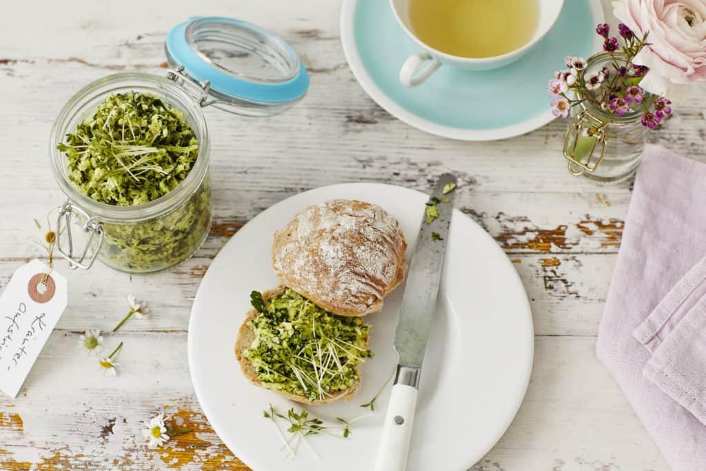 Kräuteraufstrich mit Brokkoli aus dem Thermomix® – Foto: Jorma Gottwald