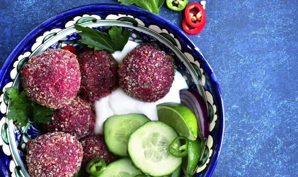 Rote-Bete-Falafel mit dem Thermomix® – Foto: gettyimages/Lilechka75