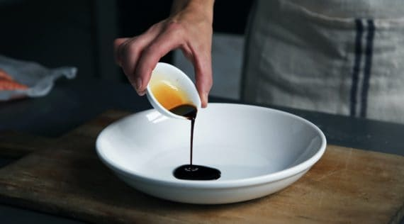 Teriyaki-Sauce aus dem Thermomix® Foto: Caroline Attwood/unsplash