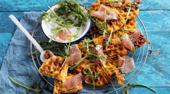 Schnelle Pizzawaffeln mit dem Thermomix® – Foto: Frauke Antholz