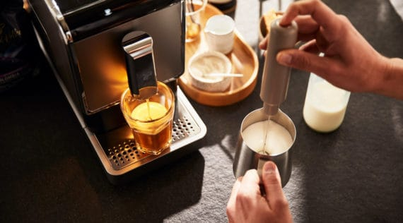 Gewinne eine Esperto Caffee von Tchibo