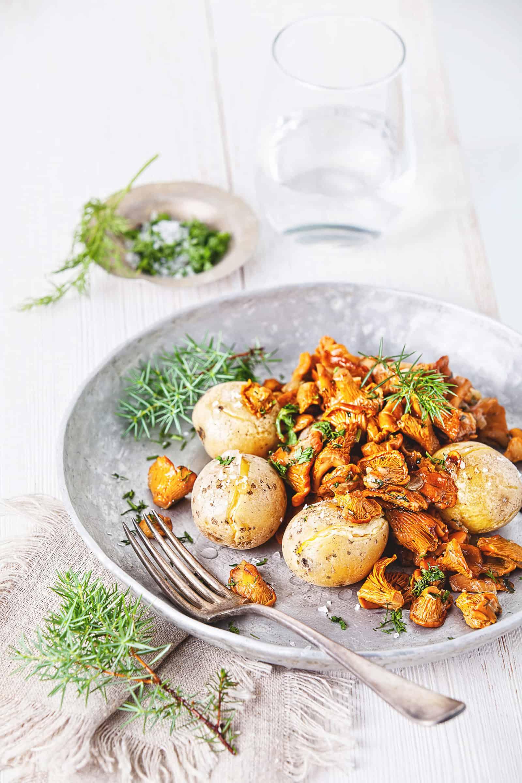Kanarische Kartoffeln –Papas Arrugadas mit Pfifferlingen mit dem Thermomix® –Foto: shutterstock