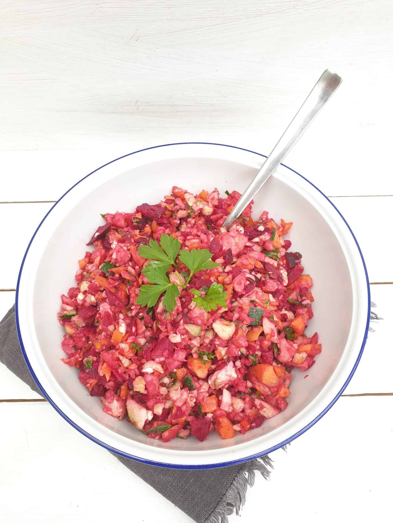 Rote-Bete-Salat mit Zucchini aus dem Thermomix® – Foto: Nicole Stroschein