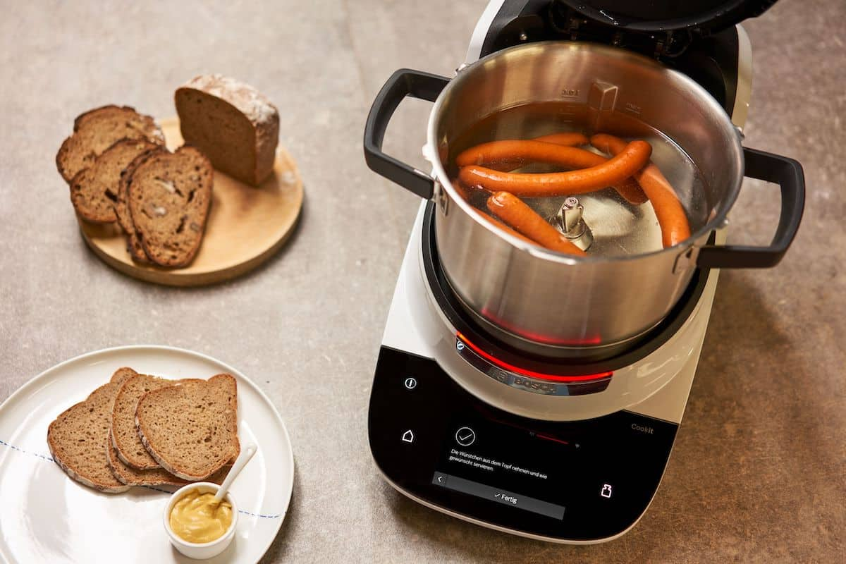 Bosch Cookit Werkzeuge. Würstchen aufwärmen
