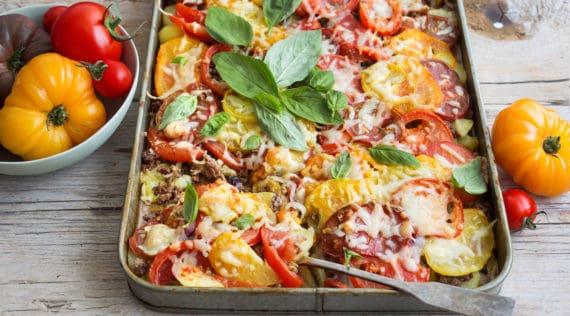 Pizza-Auflauf mit Kartoffeln und Hack mit dem Thermomix® – Foto: Ira Leoni
