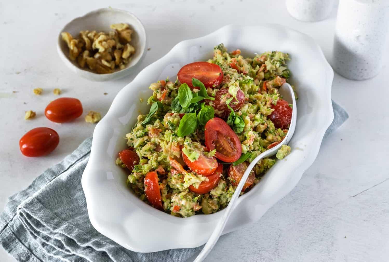 Brokkolisalat mit dem Monsieur Cuisine – Foto: Tina Bumann
