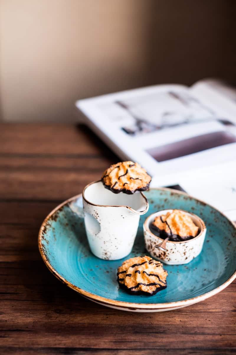 Kokosmakronen mit dem Thermomix® – Foto: gettyimages / Anna Kurzaeva