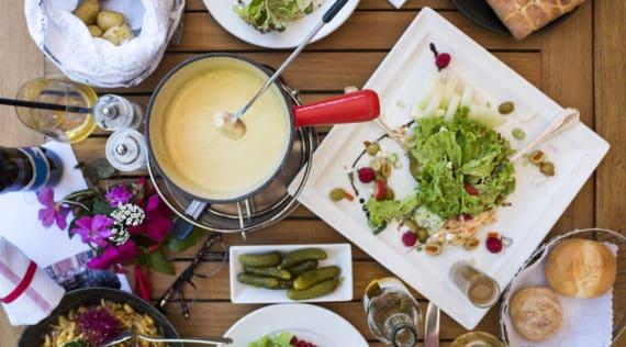 Das perfekte Käsefondue mit dem Thermomix® – Foto: gettyimages / laurenepbath