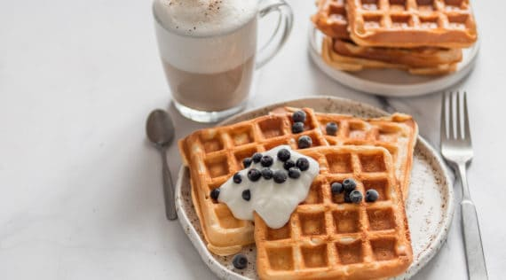 Low Carb Waffeln mit Quark mit dem Thermomix® – Foto: gettyimages | Fascinadora