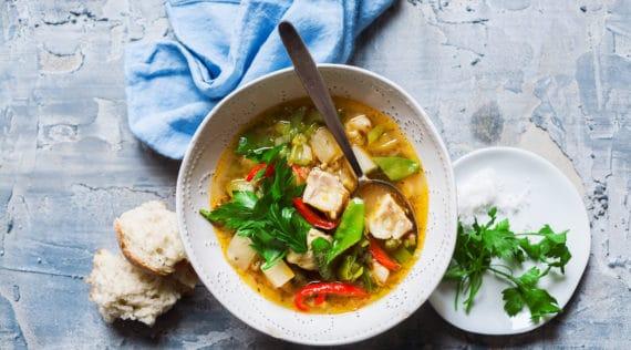 Fischsuppe mit buntem Gemüse aus dem Thermomix® - Foto: Ira Leoni