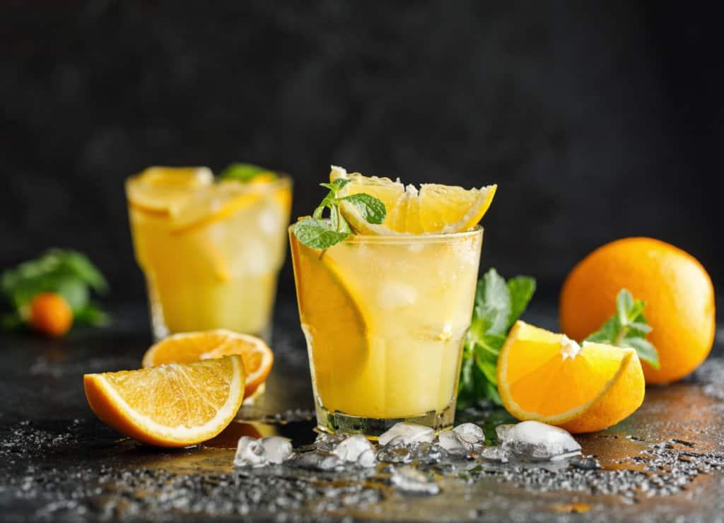 Zwei Gläser mit Solero Cocktail aus dem Thermomix®