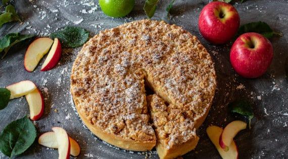 Apfelkuchen mit Streuseln mit dem Thermomix® - Foto: gettyimages / Angelika Heine