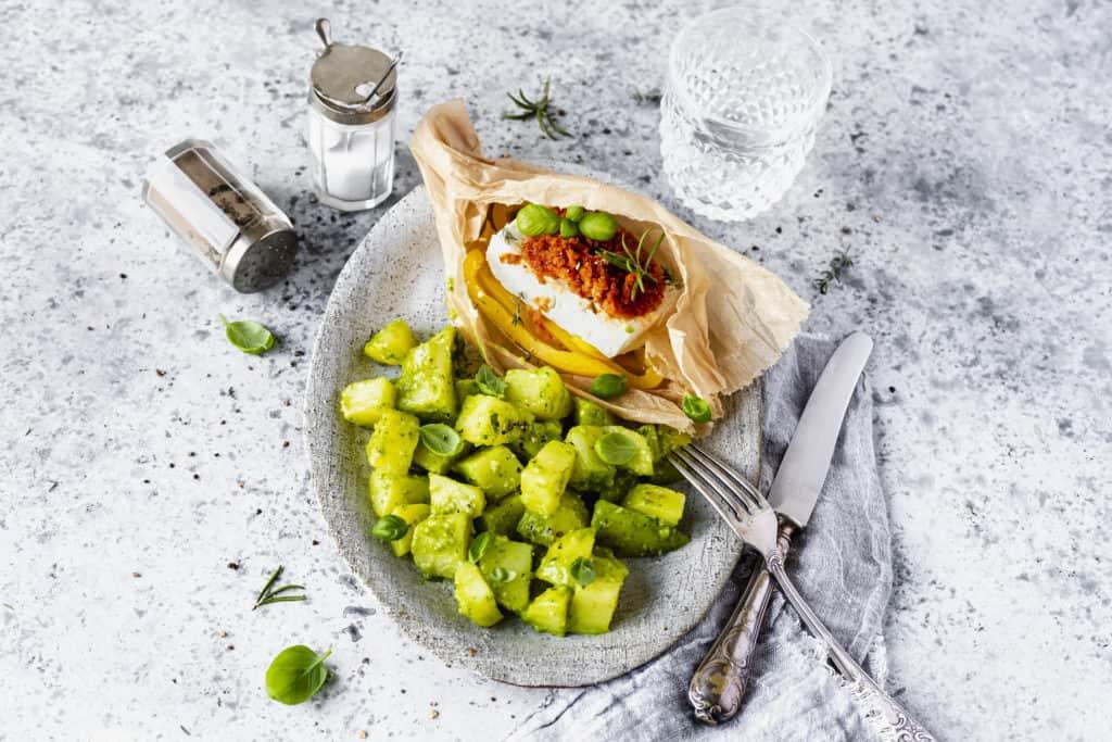 Fetapäckchen mit Pesto-Kartoffeln - Foto: Désirée Peikert