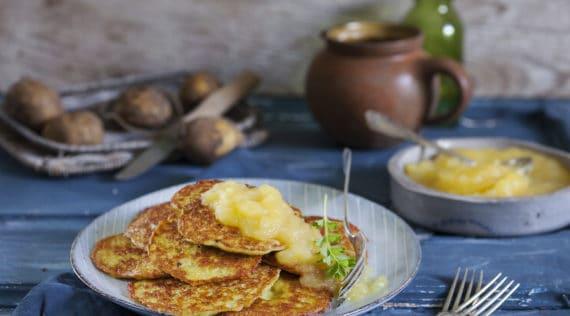 Kartoffelpuffer mit Apfelmus mit dem Thermomix® –Foto: Ira Leoni